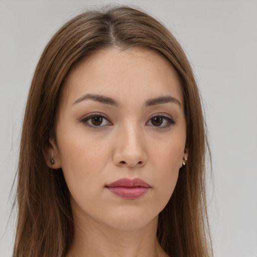 Amanda Parolin